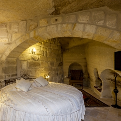 Suite Caves